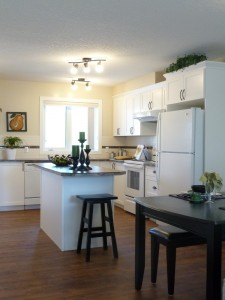 Two bedroom townhouse kitchen photo 2